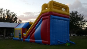 Super Combo Bounce House rear